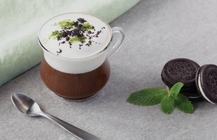Photo of Cookies & Cream Latte